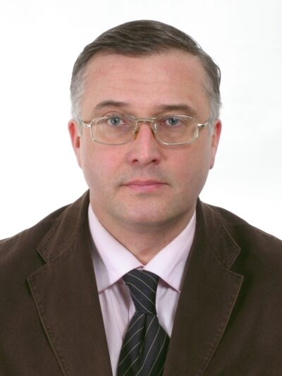 000-фото КАЗАКОВА НА СПИНКУ
